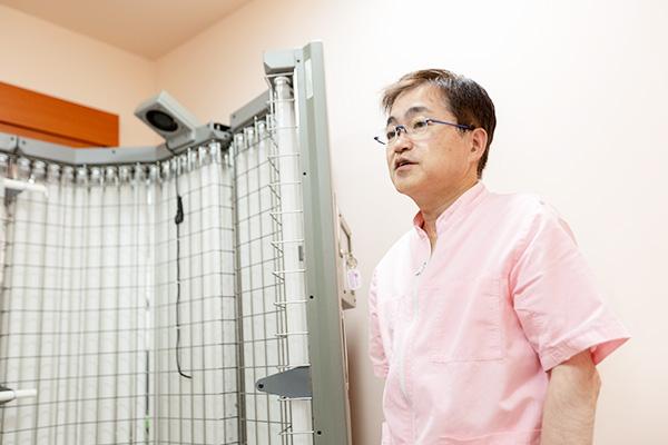 """全身型紫外線治療器などの各種設備が充実乾癬は決して""""一生治らない病気""""ではない"""